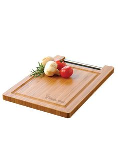 Wooden cutting board laser engraved with your logo or brand name. Great for your promotional events, this household item will be a hit among your clients. #cuttingboards #choppinboards #discountmugs #promotionalproducts