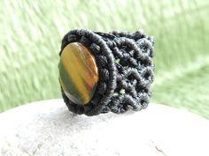 anillo de macrame con piedra natural  www.singularts.es