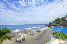 Imagine your luxury, all inclusive vacation in Puerto Vallarta with oceanfront suites, creative dining, a spa and beach via our Riviera Nayarit resort photos. Puerto Vallarta Resorts, Beach Resorts, Vallarta Mexico, Riviera Nayarit, Riviera Maya, Mexico Resorts, All Inclusive Vacations, White Sand Beach, Resort Spa