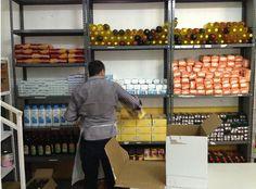 Almacén de Alimentos Ribera de Curtidores Pan y Peces #Madrid #Comida #Solidaridad