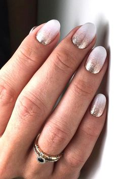 Glitter Ombre Nails Design For A Special Occasion #glitterombre #roundnailsshape Explore how to do ombre nails designs on acrylic, gel, or natural nails. Pick these colors for this summer and fall: black, blue, white, purple, grey. #ombrenails #nailsdesigns #nails #nailart
