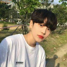 Read [Boys from the story Icons Ulzzang ¡! Korean Boys Hot, Korean Boys Ulzzang, Ulzzang Girl, Korean Men, Korean Girl, Korean Summer, Cute Asian Guys, Pretty Asian, Asian Boys