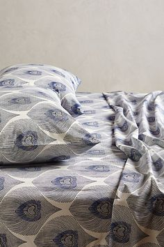 loving this peacock plumes sheet set and 25% off #anthrofave http://rstyle.me/n/r853hr9te
