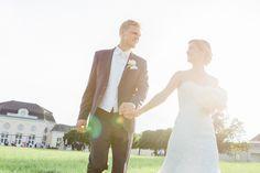Ein Sommertraum im Schlo? Laxenburg Fine Art Wedding Photography, Caramel, Suit Jacket, Breast, Wedding Dresses, Jackets, Fashion, Summer Recipes, Salt Water Taffy