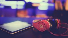 Download Beats by Dr Dre Headphone and Tablet 1920x1200
