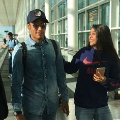 Ney  e fã hoje no Aeroporto de Barcelona  #Olhaosorrisinho #Neymar #NeymarJr #Njr #FcBarcelona