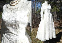 Vintage-1950s-EMBROIDERED-WEDDING-GOWN-Dress-Full-Skirt-Satin-PRISTINE-Illusion