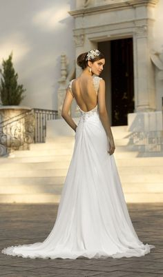 Stella York available at VOILA! Bridal & Formal  voilabridal.com   864.229.GOWN