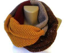 winter scarf / unisex / knit infinity scarf / eternity scarf / chunky scarf / fall fashion / gift ideas
