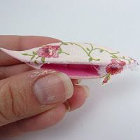 How to decoupage a tatting shuttle – Tutorial. Looks cool. It would have to be really smooth though so as to not catch on the thread.