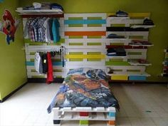 30 DIY Pallet Furniture Projects   99 Pallets
