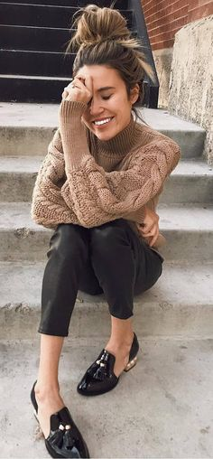ootd | knit sweater + pants + loafers