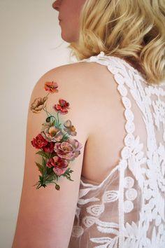Großes klassisches temporäres Blumen Tattoo // temporary flower tattoo via DaWanda.com