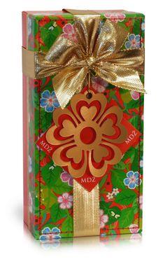 MDŽ - plněné belgické pralinky Červený květ 200g Gift Wrapping, Gifts, Gift Wrapping Paper, Presents, Wrapping Gifts, Favors, Gift Packaging, Gift