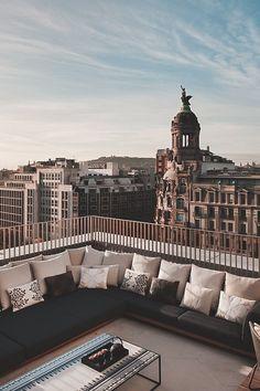 Apartment living overseas. Gorgeous penthouse Suite / Mandarin Oriental Hotel, Barcelona! #interiordesign