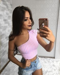 Fashion Tips fоr Girls Cute Summer Outfits, Cute Outfits, Textiles Y Moda, Crop Top Outfits, High Fashion, Womens Fashion, Cute Tops, Fashion Outfits, Fashion Tips
