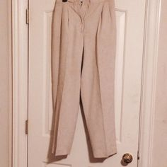Pants for suit This item is part of a full suit that can be worn to an business professional event. Pants