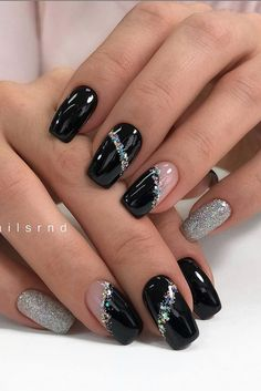 59 atemberaubende Winter-Nagelfarben und -designs - Seite 16 - Haar- und B ., 59 atemberaubende Winter-Nagelfarben und -designs - Seite 16 - Haar- und B ., Nail styles so bold and dynamic page 40 Square Nail Designs, Black Nail Designs, Winter Nail Designs, Colorful Nail Designs, Acrylic Nail Designs, Nail Art Designs, Nails Design, Blog Designs, French Manicure With Design