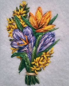 Доброго дня всем!  На душе весна полным ходом . А как у вас?) Надеюсь мои цветы добавят вам еще капельку весеннего настроения сегодня  P.s. будет брошь ⬆ #nadiagaruttembroidery