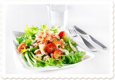 Jokirapusalaatti | Oksasen Puutarha Cobb Salad, Food, Eten, Meals, Diet