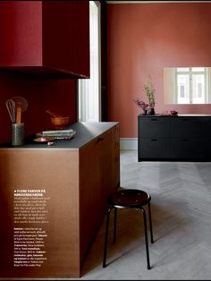 Design by Josefine Hedemann. Red Kitchen, Kitchen Colors, Kitchen Interior, Kitchen Design, Interior Styling, Interior Decorating, Red Interior Design, Have A Great Vacation, Red Rooms