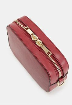 Looking for a clutch purse or crossbody bag? JustFab has a variety of womens clutches & crossbody handbags for all occassions. Styles include evening, oversized, cute clutch wallets & more! Leather Wallets, Leather Bags, Leather Crafts, Clutch Wallet, Cross Body Handbags, Diana, Zip Around Wallet, Crossbody Bag, Rustic