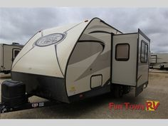 New 2016 Forest River RV Vibe Extreme Lite 21FBS Travel Trailer at Fun Town RV   Hewitt, TX   #33909