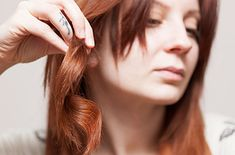 Two birds, one stone: Dry your hair and style it at the same time with a HOT AIR BRUSH.   26 Lazy Girl Hairstyling Hacks