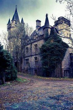 Castle miranda France