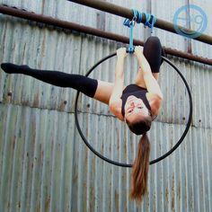 <Aerial Hoop>