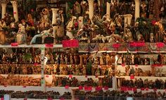Buy your own nativity scene at the Piazza Navona Market Christmas In Rome, Piazza Navona, Nativity, Things To Do, Scene, Google Search, Places, Italia, Things To Make