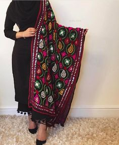 You asked us to post the full look on the details shot! Pakistani Fashion Casual, Pakistani Dresses Casual, Pakistani Dress Design, Indian Fashion, Patiala Suit Designs, Kurta Designs Women, Kurti Designs Party Wear, Churidar Designs, Dress Indian Style