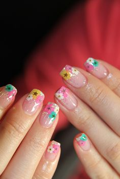 . #nail #art #flower #inspiration