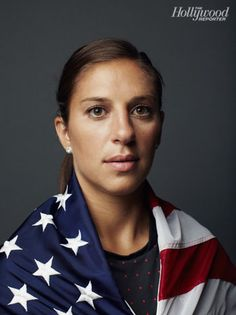 Carli Lloyd, USWNT soccer midfielder, poses for The Hollywood reporter. Us Soccer, Soccer Fans, Play Soccer, Soccer Players, Soccer Stuff, Carli Lloyd, Us Olympics, Olympic Team, Team Usa