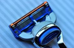 Shaving with a Safety Razor or Cartridge Razor. Gillette Fusion