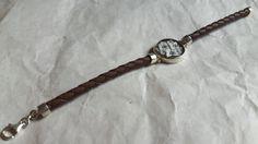 Ehi, ho trovato questa fantastica inserzione di Etsy su https://www.etsy.com/it/listing/259104456/leather-cameo-flower-bracelet-italian