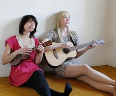 A Chat With the Rad-Ass Chicks of Garfunkel and Oates. They are awesome! Riki Lindhome, Kate Micucci, Opaque Tights, Female Singers, Role Models, Beautiful People, Photoshoot, My Style, Lady