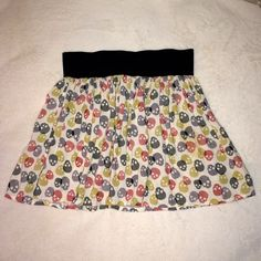 """Skull print mini skirt!  Fun to wear. In great condition. Approx: 14.5"""" top to bottom. Thick black rubber band on top. 100% Rayon. Made in USA . Says size M but not true to it. Best for S or XS. Love Notes Skirts Mini"""