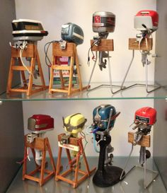 Assorted toy Outboard motors