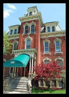 Quirk Mansion in Ypsilanti, Michigan Historical Architecture, Amazing Architecture, Eastern Michigan University, Michigan Usa, Ypsilanti Michigan, Haunted Asylums, Detroit Area, Second Empire, Grand Homes