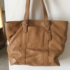 Coach Camel leather Hamptons tote Beautiful camel leather tote bag.  EUC.  Clean inside and out.  2/10/20 Coach Bags Totes