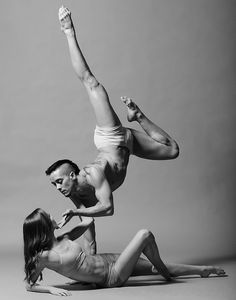 Dayna o'Connel and Marshal Eldon Johnson ballet dance photographed by Christopher Peddecord Shall We Dance, Lets Dance, Modern Dance, Contemporary Dance, Yoga, Foto Poster, Dance Project, Foto Fashion, Dance Like No One Is Watching