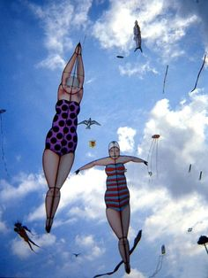 Diving Lady kites ~ George Peters this would be cool for the Spash homecoming parade--girls swim team