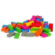 Dla małych konstruktorów od już 12 miesięcy wyprodukowane w Polsce Plastikowe Klocki Konstrukcyjne Cegły Junior o wymiarach 11,5 x 5,7 cm.   Świetne sprawdzą się jako pierwsze klocki!  Ile klocków kryje się w zestawie? Sprawdźcie sami:)  #klocki #konstrukcyjne #junior #marioinex #zabawki #niczchin #sklep #krakow