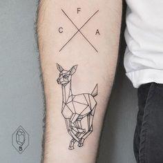 Ideas Of Cool Geometric Tattos Dot Tattoos, Trendy Tattoos, Popular Tattoos, Unique Tattoos, Sleeve Tattoos, Deer Tattoo, Arm Tattoo, Tattoo Ink, Geometric Tattos