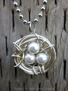 Today's Fabulous Finds: A Dozen {More} Gift Ideas and November Thank You's Bird nest necklace Wire Wrapped Jewelry, Wire Jewelry, Jewelry Crafts, Beaded Jewelry, Handmade Jewelry, Jewlery, Jewelry Ideas, Jewelry Art, Long Pearl Necklaces