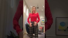 These pants by Cue Clothing are have a grey and faint orange houndstooth pattern. The structure of these pants is amazing. Cue Clothing, Hourglass Body Shape, Cape Jacket, Autumn Fashion 2018, High Rise Pants, Personal Stylist, Fashion Stylist, Body Shapes, Stylists