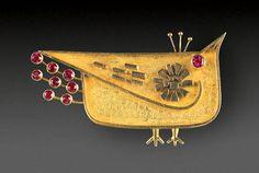 Walter Schluep San Feliu de Guixols, Spain, 1931 – Montreal 2016 Brooch 1964 Yellow and white gold, rubies 3.3 x 5.4 x 0.8 cm Gift of Nina Bruck, inv. 2008.234