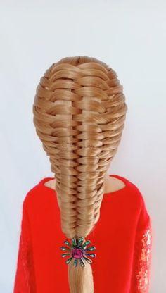 French braid is a good hairstyle, isn't it? -This French braid is a good hairstyle, isn't it? Girl Hairstyles, Braided Hairstyles, Curly Hair Styles, Natural Hair Styles, Bridal Hair Buns, French Hair, French Braids, Hair Videos, Hair Designs