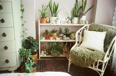 leah reena: bedroom